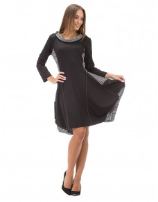 557/15 sukienka luźna na biodrach z kieszeniami